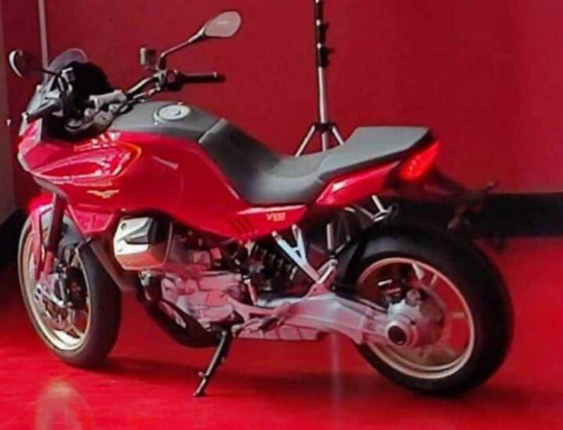 moto-guzzi-v100-new2.jpg
